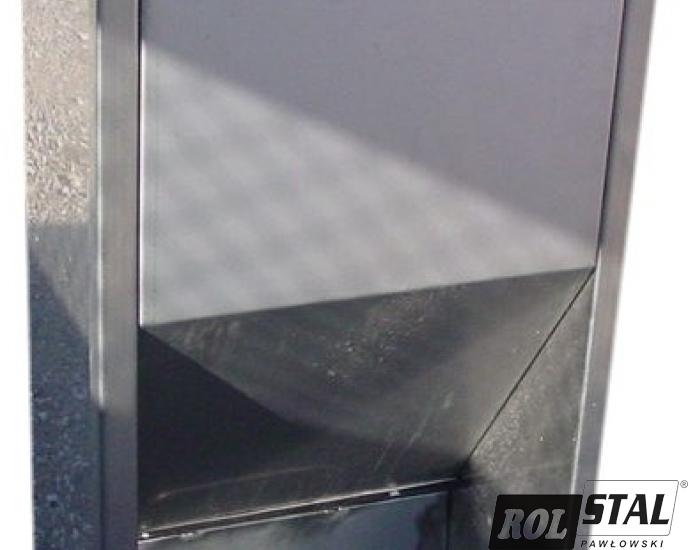 Autokarmniki paszowe